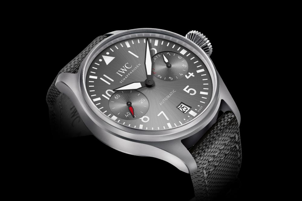 59bf7ef25f002_IWC-Big-Pilots-Watch-Patrouille-Suisse-Limited-Edition-1.thumb.jpg.f27185d97eb76f0fce0985408051d58e.jpg
