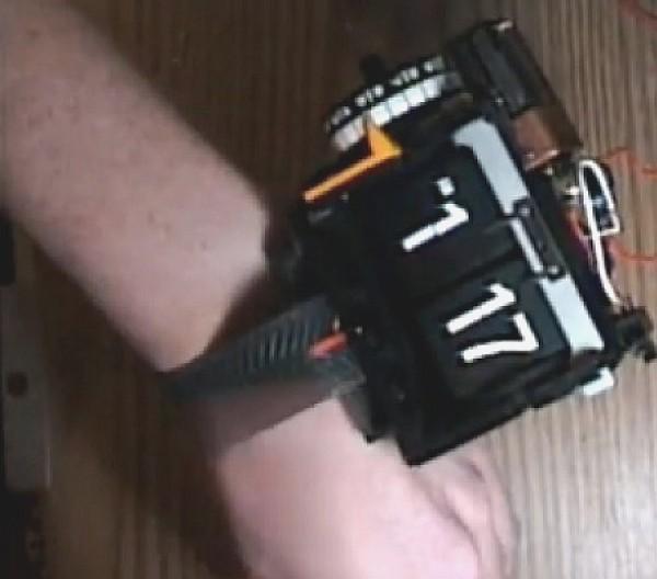 flip-clock-wristwatch.jpg
